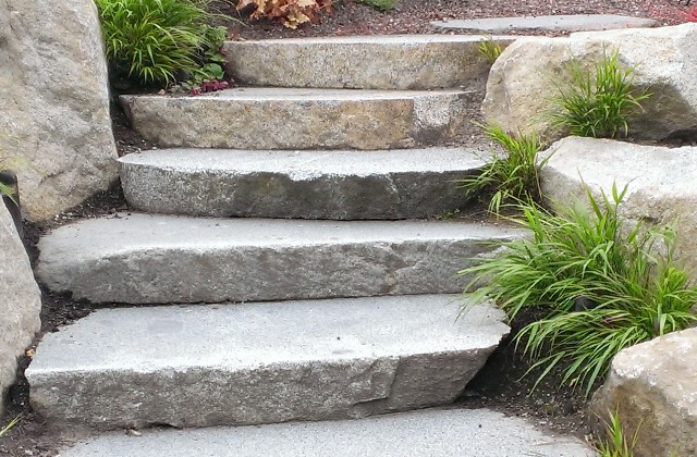 Granite Weathered Natural Cut Steps