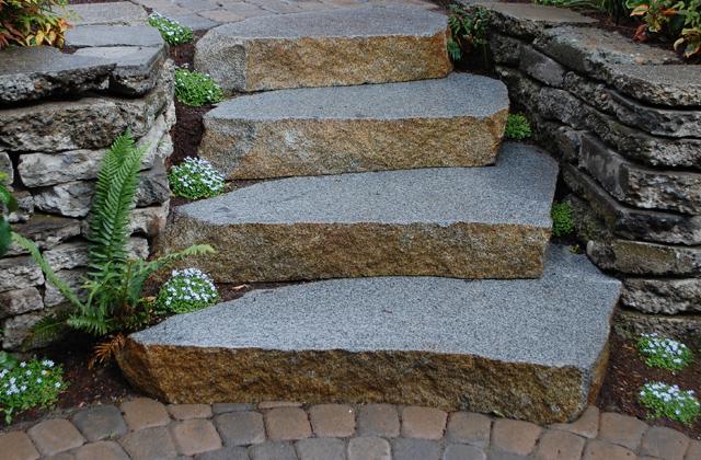 Granite Weathered Natural Cut Steps