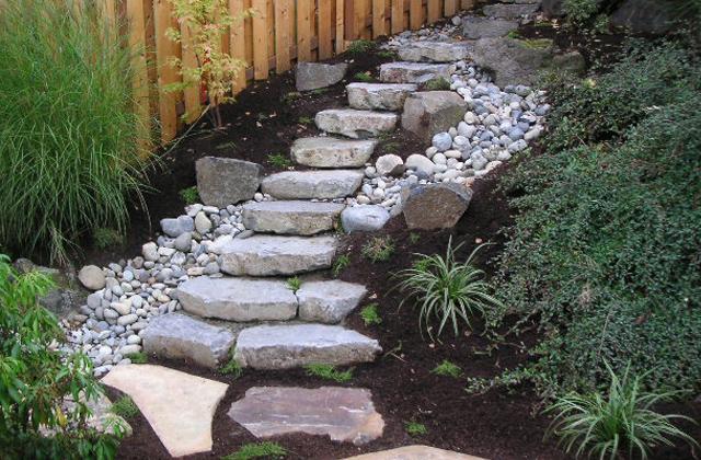 Huckleberry Basalt Natural Steps