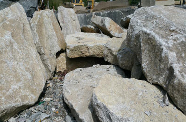 Whitetail Granite Natural Steps